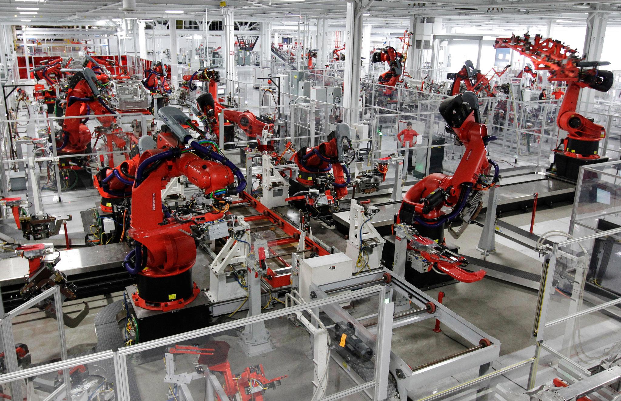 Pic1 Robots factory